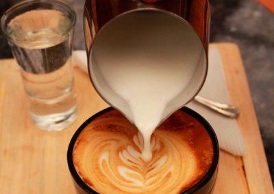 coffee-break-y-bocaditos-en-quito-ecuador-2